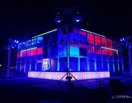 Eelde_Rijksluchtvaartschool_Decor_podium_ledtank_ibc_tank_ledtank_7