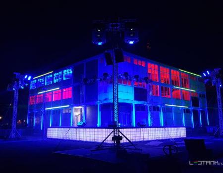 Eelde_Rijksluchtvaartschool_Decor_podium_ledtank_ibc_tank_ledtank_9