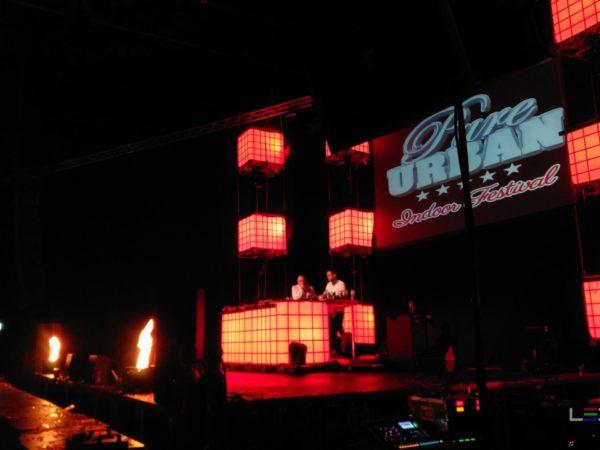 Pure_Urban_Indoor_Festival-ledtanks_IBC_decor-djmeubel-ledtank.nl_3