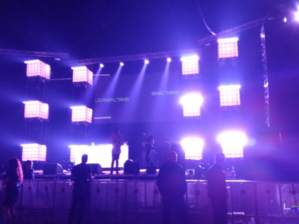 Pure_Urban_Indoor_Festival-ledtanks_IBC_decor-djmeubel-ledtank.nl_8